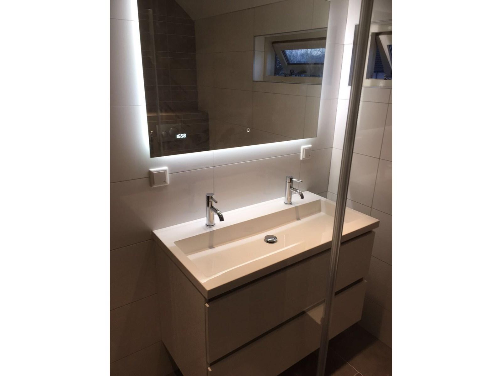 Renovatie badkamer en toilet bouw timmer & onderhoudsbedrijf