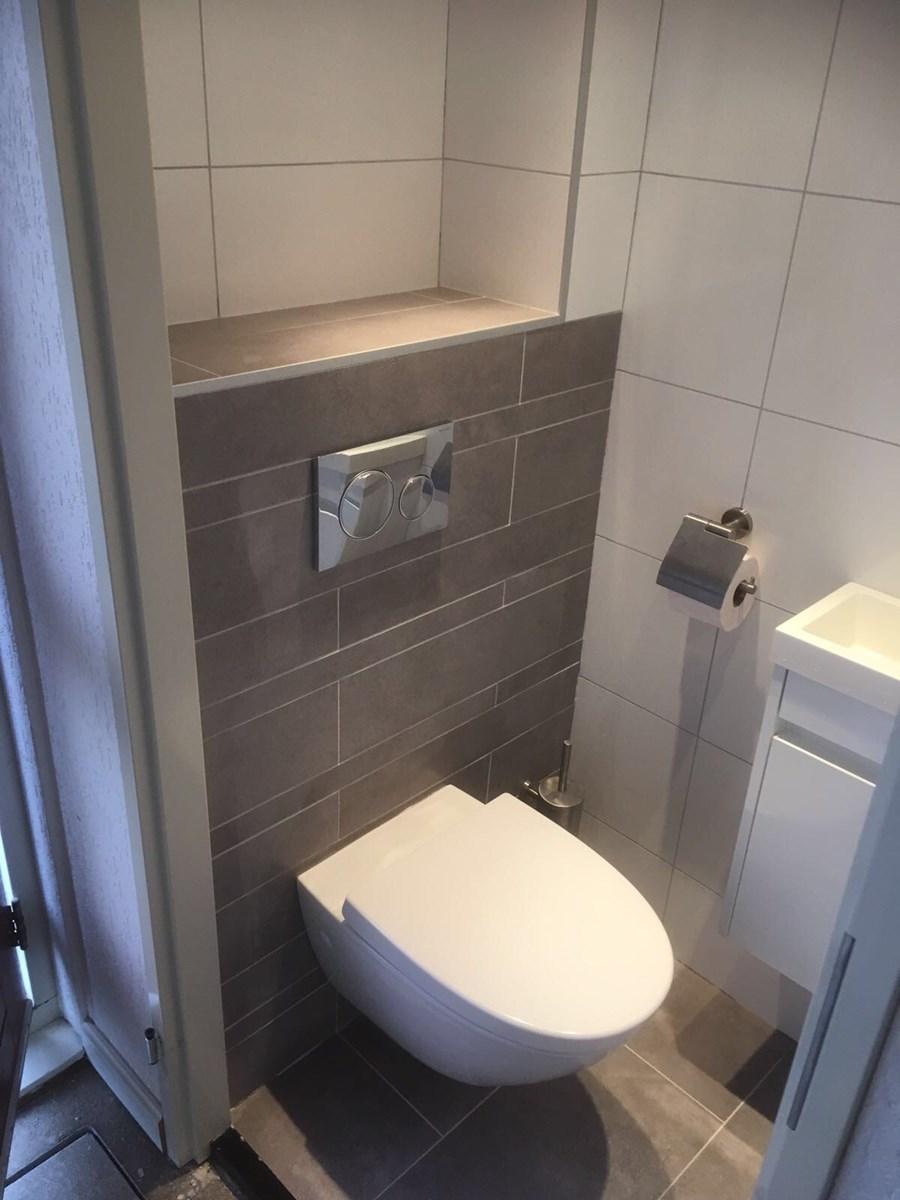 Renovatie badkamer en toilet - Bouw-, Timmer- & Onderhoudsbedrijf ...